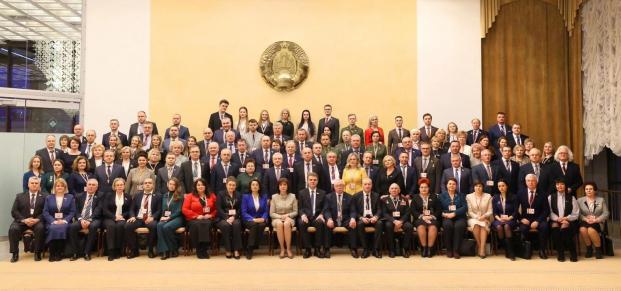 Коллективное фото делегатов VI Всебелорусского народного собрания